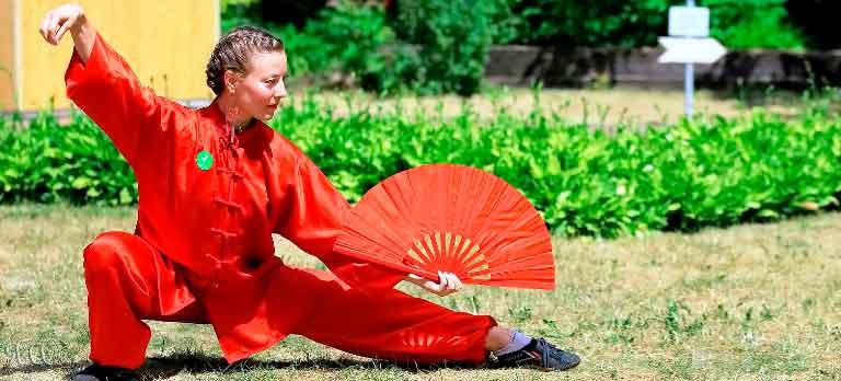 Гимнастика-цигун-польза-для-здоровья