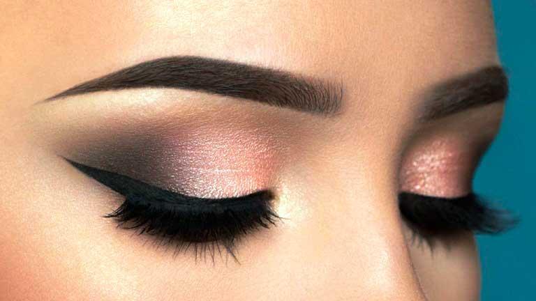 Вечерний-макияж-Smoky-eyes